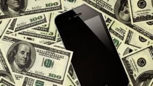Smartphone & money
